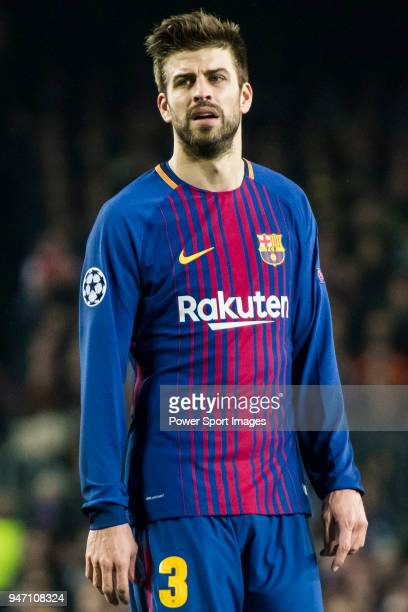 Gerard Pique Bernabeu of FC Barcelona reacts during the UEFA Champions League 201718 Round of 16 match between FC Barcelona and Chelsea FC at Camp...