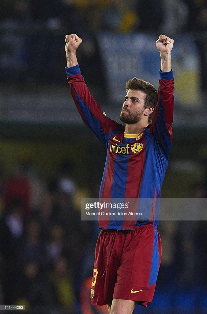 Gerard Pique of Barcelona celebrates after the La Liga match between Villarreal and Barcelona at El Madrigal on April 2, 2011 in Villarreal, Spain.