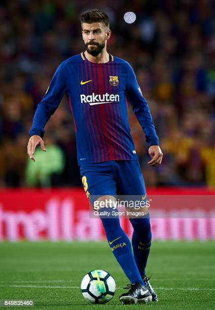 Gerard Pique of Barcelona in action during the La Liga match between Barcelona and Eibar at Camp Nou on September 19 2017 in Barcelona Spain