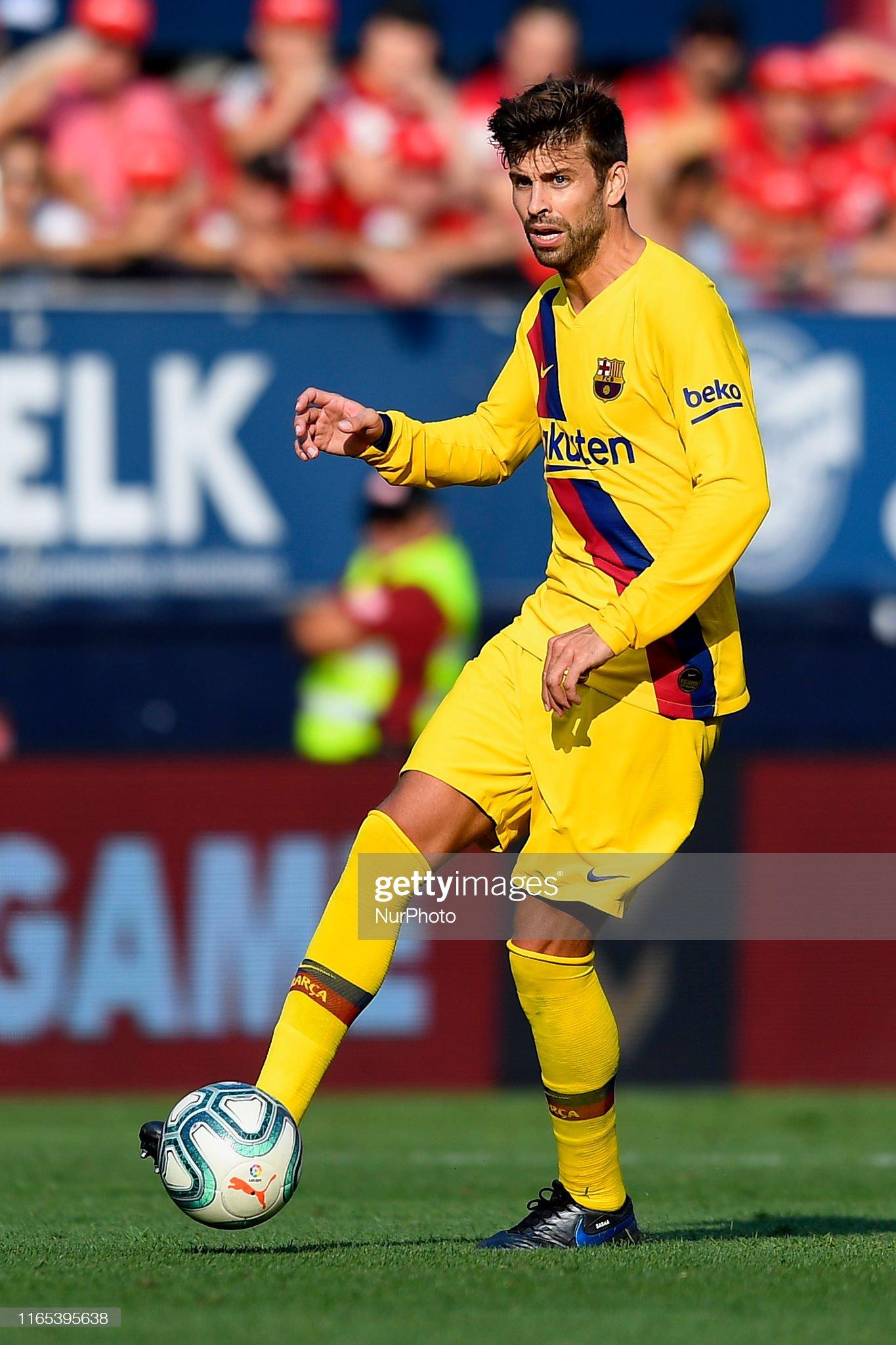 صور مباراة : أوساسونا - برشلونة 2-2 ( 31-08-2019 )  Gerard-pique-of-barcelona-in-action-during-the-liga-match-between-ca-picture-id1165395638?s=2048x2048