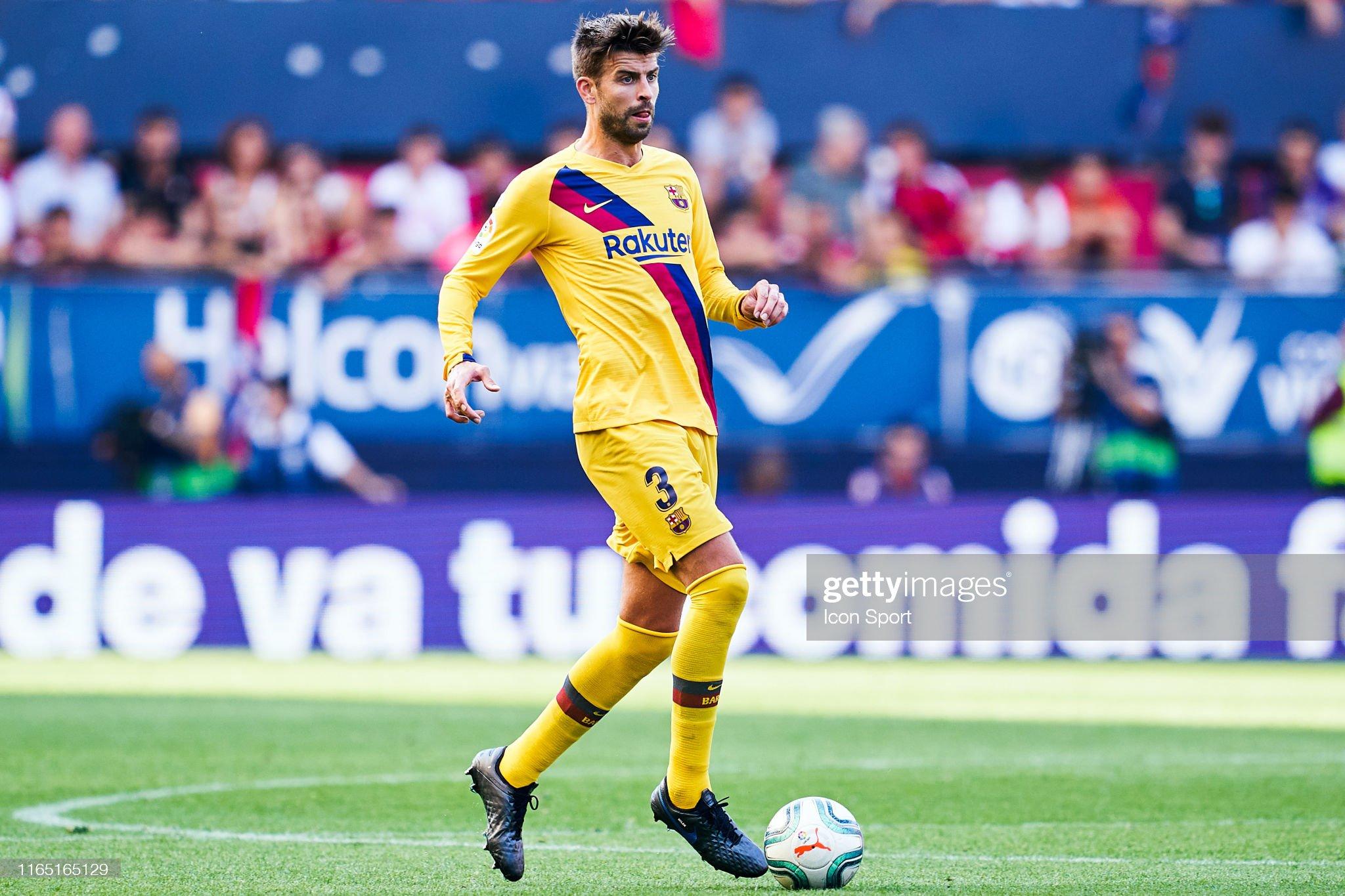 صور مباراة : أوساسونا - برشلونة 2-2 ( 31-08-2019 )  Gerard-pique-of-fc-barcelona-during-the-liga-match-between-osasuna-picture-id1165165129?s=2048x2048