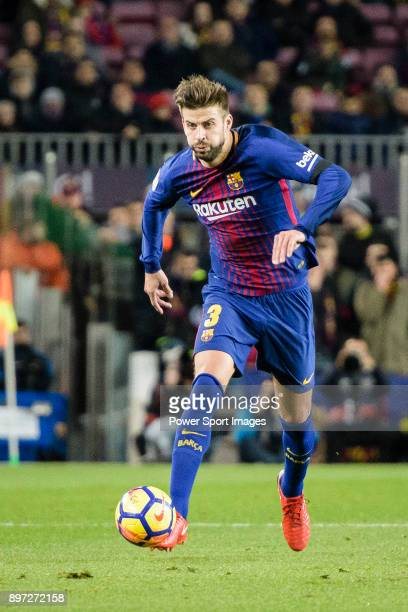Gerard Pique of FC Barcelona looks to bring the ball down during the La Liga 201718 match between FC Barcelona and Deportivo La Coruna at Camp Nou...