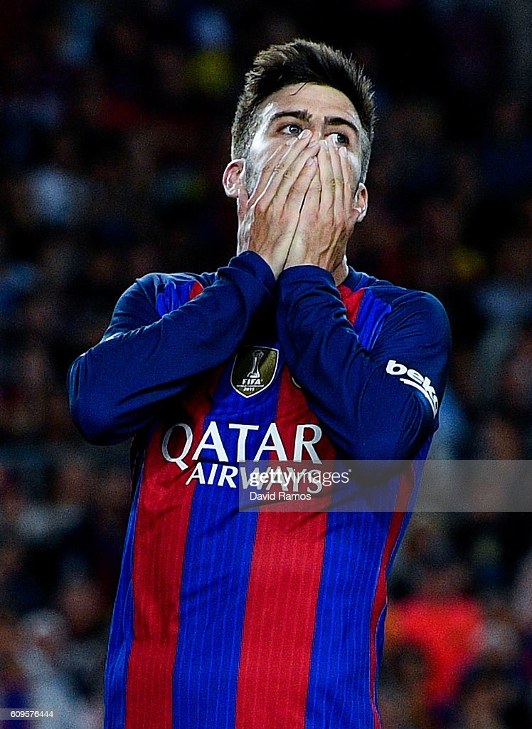 Gerard Pique of FC Barcelona reacts after missing a chance to score during the La Liga match between FC Barcelona and Club Atletico de Madrid at the Camp Nou stadium on September 21, 2016 in Barcelona, Spain.