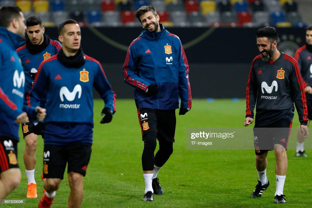 Spain Training And Press Conference : News Photo