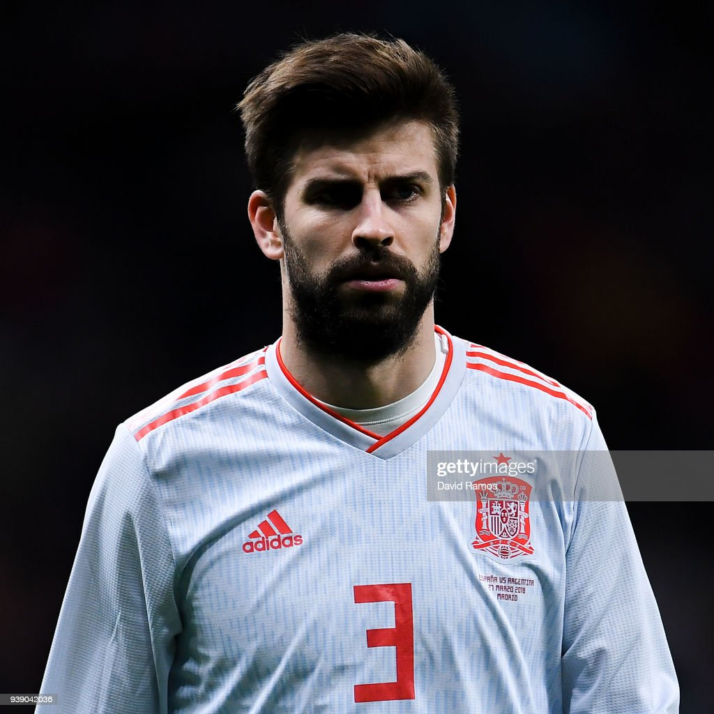 Gerard Pique of Spain looks on during an International friendly match between Spain and Argentina at the Wanda Metropolitano stadium on March 27, 2018 in Madrid, Spain.