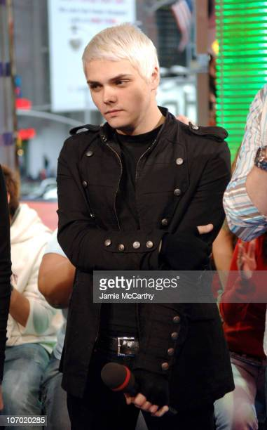 Gerard Way of My Chemical Romance during My Chemical Romance Brooke Hogan and Paul Wall Visit MTV's 'TRL' October 24 2006 at MTV Studios Times Square...