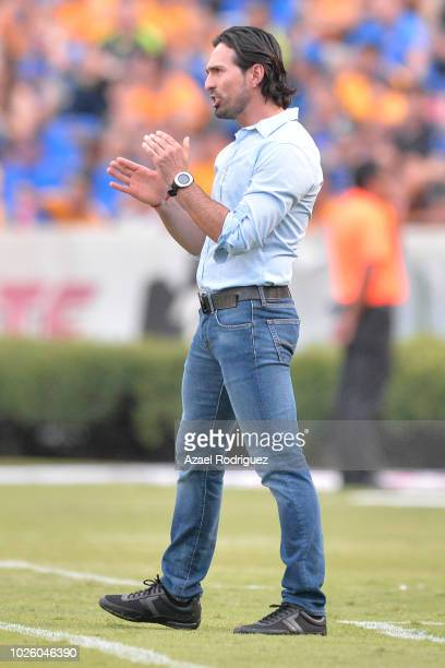 Gerardo Espinoza coach of Atlas gives instructions during the 6th round match between Tigres UANL and Veracruz as part of the Torneo Apertura 2018...