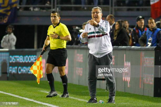 Gerardo Martino Head Coach of Mexico gives instructions during an international friendly match between Chile and Mexico at Qualcomm Stadium on March...