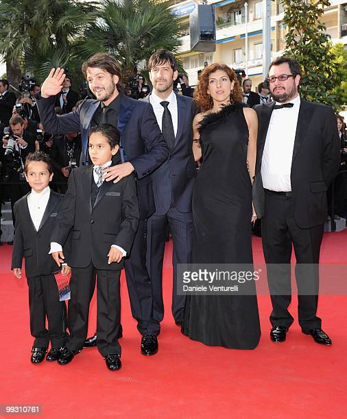 Gerardo RuizEsparza Christopher RuizEsparza director Diego Luna Jose Maria Yazpik Karina Gidi and producer Pablo Cruz attend the 'Abel' premiere held...