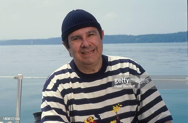 Gerd Baltus ZDFSerie Sicher ist sicher Mütze Pudelmütze Boot Segelboot Meer