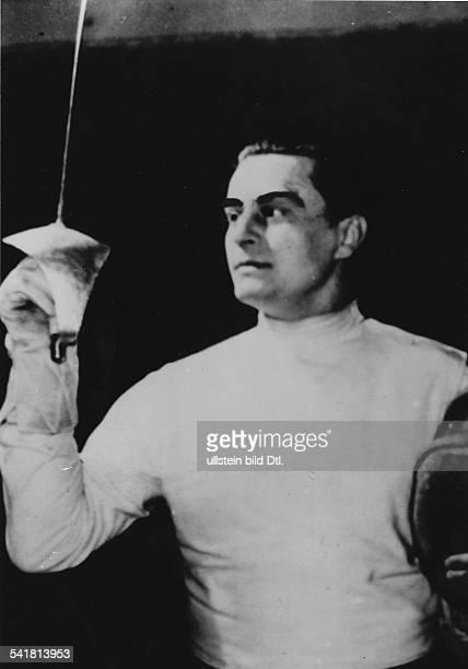 Gerevich Aladar *19101991Sportler Fechten UngarnNahm zwischen 1932 und 1960 an sechs Olympiaden teil und gewann dabei sieben Goldmedaillen eine...
