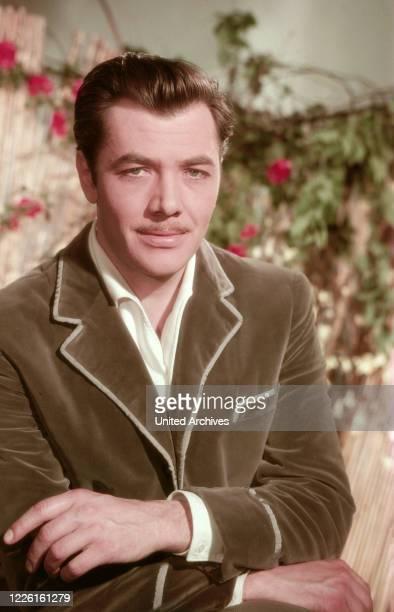 Gerhard Riedmann österreichischer Schauspieler Deutschland Ende 1950er Jahre Austrian actor Gerhard Riedmann Germany late 1950s