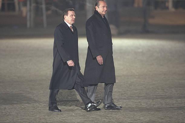 gerhard schroder and jacques chirac inspect the troops - Gerhard Schroder Lebenslauf