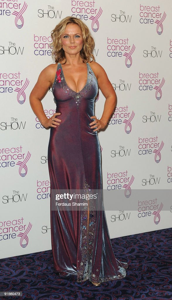 Breast Cancer Care 2009 Fashion Show - Arrivals : News Photo