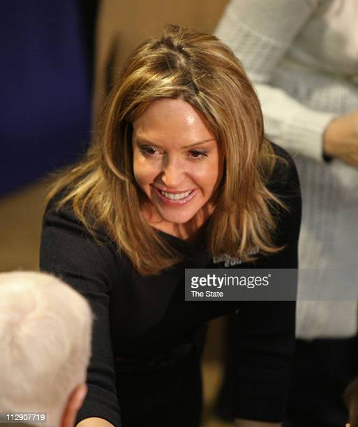 Geri Thompson wife republican presidential candidate Fred Thompson greets supporters at OrangeburgCalhoun Technical College on Wednesday January 16...