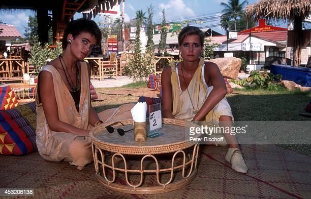 Gerit Kling und Schwester Anja Kling mit Eltern Margarita und Ulrich Kling am am Rande der Dreharbeiten zur ZDFSerie Verschollen in Thailand auf...