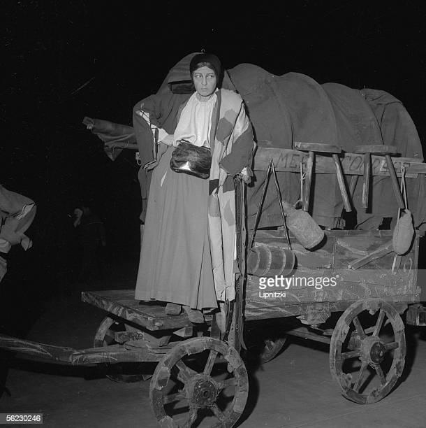 Germaine Montero in Mutter Courage und ihre Kinder of Bertolt Brecht Production of Jean Vilar Paris TNP November 1954 LIP160046121