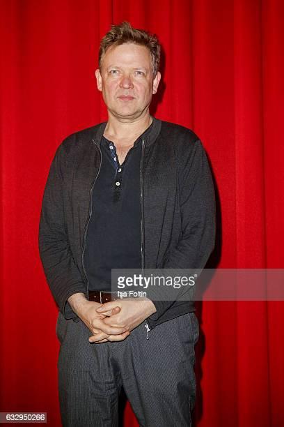 German acor Justus von Dohnanyi attends the 'Timm Thaler oder das verkaufte Lachen' Premiere on January 28 2017 in Leipzig Germany