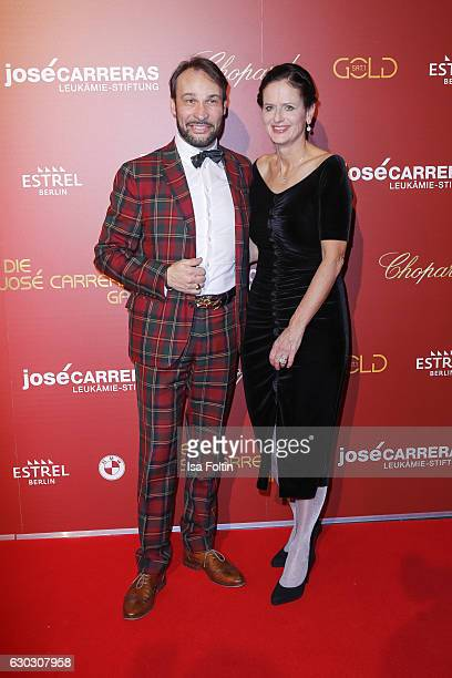 German actor AlexanderKlaus Stecher and Gabriele Kroener CEO of the Deutsche José Carreras LeukämieStiftung eV attend the 22th Annual Jose Carreras...
