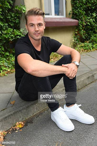 German actor Benjamin Heinrich during the Daily Soap 'Unter uns' Summer Event Fan Meeting on August 22 2016 in Cologne Germany