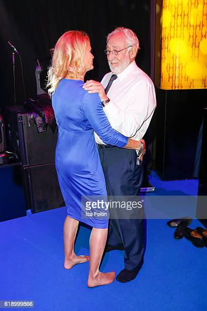 German actor Dieter Hallervorden is dancing with his girlfriend Christiane Zander during the Goldene Henne Aftershow Party on October 28 2016 in...