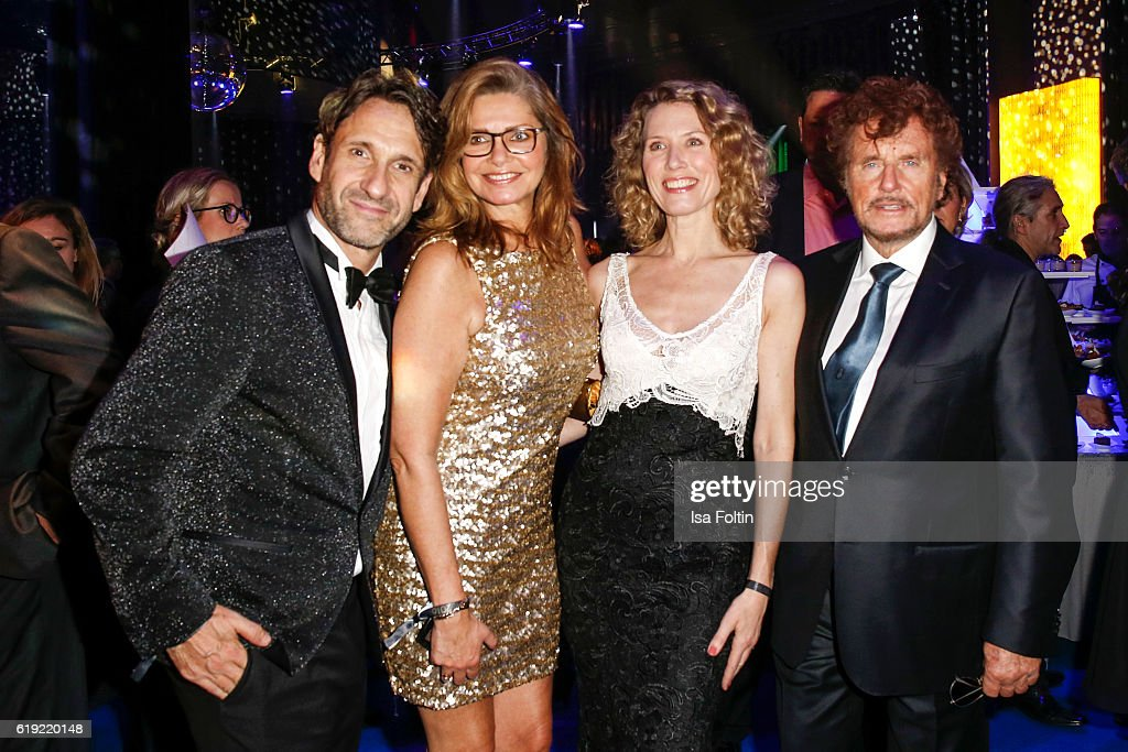 German actor Falk-Willy Wild, german actress Maren Gilzer, producer Dieter Wedel and his gierlfriend german moderator Franziska Reichenbacher during the Goldene Henne after show party on October 28, 2016 in Leipzig, Germany.