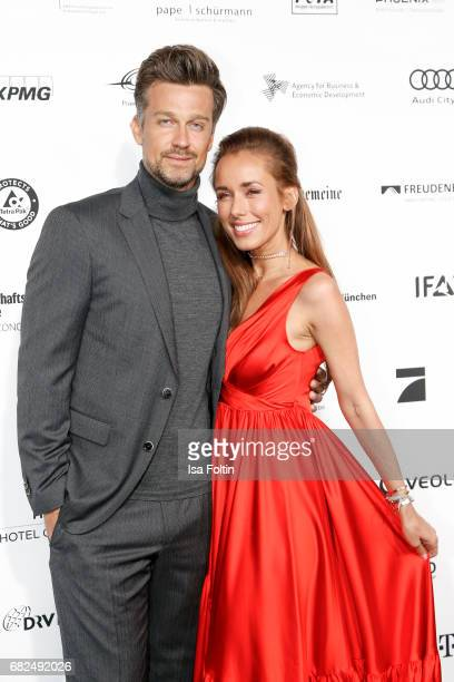German actor Wayne Carpendale and his wife German presenter Annemarie Carpendale attend the GreenTec Awards at ewerk on May 12 2017 in Berlin Germany