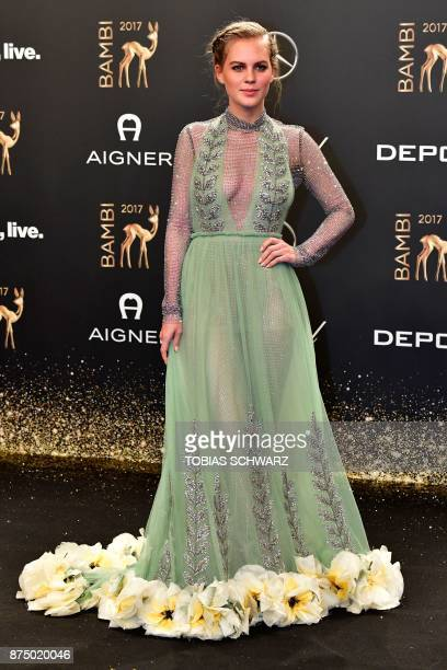 German actress Alicia von Rittberg poses on the red carpet upon her arrival for the 2017 BAMBI awards ceremony on November 16 2017 at the Stage...
