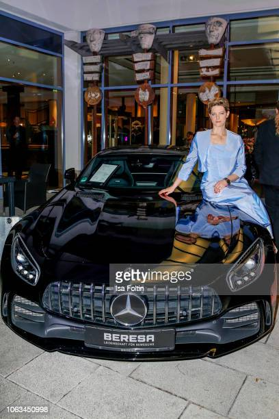 German actress Anjorka Strechel during the 'Fluegel fuer die Zukunft' Charity Gala on November 17 2018 in Osnabrueck Germany