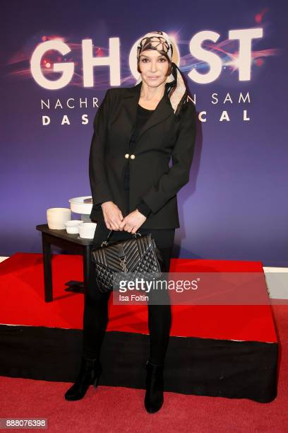German actress Anouschka Renzi during the premiere of 'Ghost Das Musical' at Stage Theater on December 7 2017 in Berlin Germany