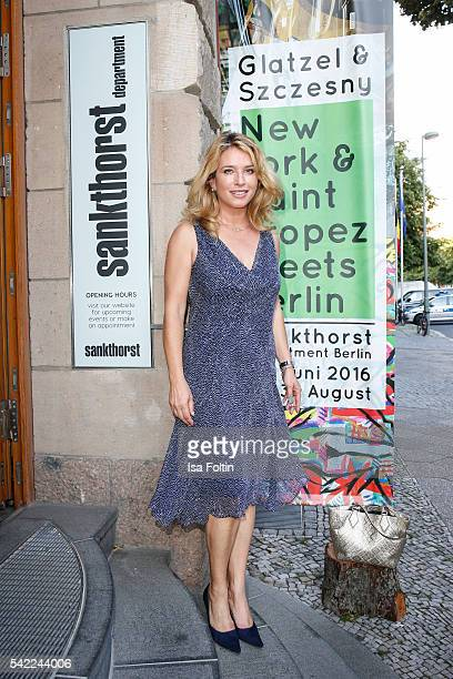 German actress Cosima von Borsody attend the 'Glatzel Szczesny New York Saint Tropez meets Berlin' Exhibition Preview at Sankthorst Department Art...
