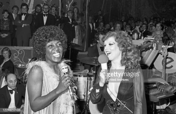German actress Elisabeth Volkmann at the Soiree der Stars on January 16th 1976 in Munich Germany 1970s