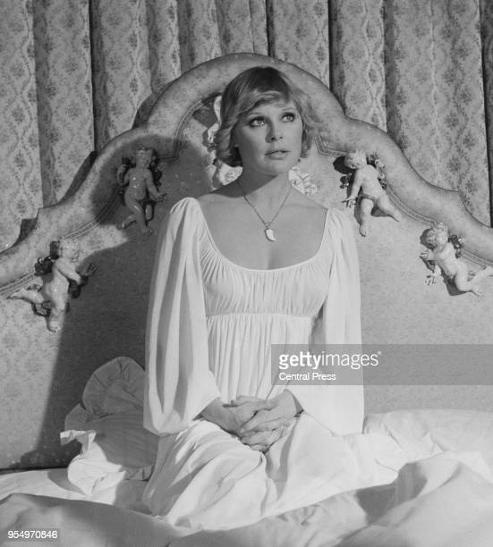 German actress Elke Sommer in her hotel room in London, 7th February 1974. She is in the UK to film 'Percy's Progress'.