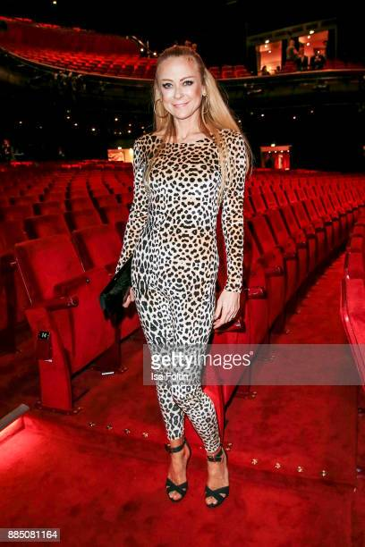 German actress Jenny Elvers attends the 'Kinky Boots' Musical Premiere at Stage Operettenhaus on December 3 2017 in Hamburg Germany