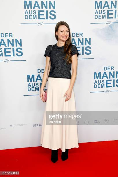 German actress Julia Hartmann attends the premiere of 'Der Mann aus dem Eis' at Zoo Palast on November 21 2017 in Berlin Germany