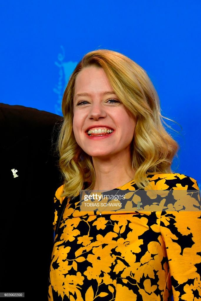 German actress Julia Zange poses during a photo call for the film 'My Brother's Name is Robert and He is an Idiot' (Mein Bruder heisst Robert und ist ein idiot) presented in competition during the 68th edition of the Berlinale film festival in Berlin on February 21, 2018. / AFP PHOTO / Tobias SCHWARZ