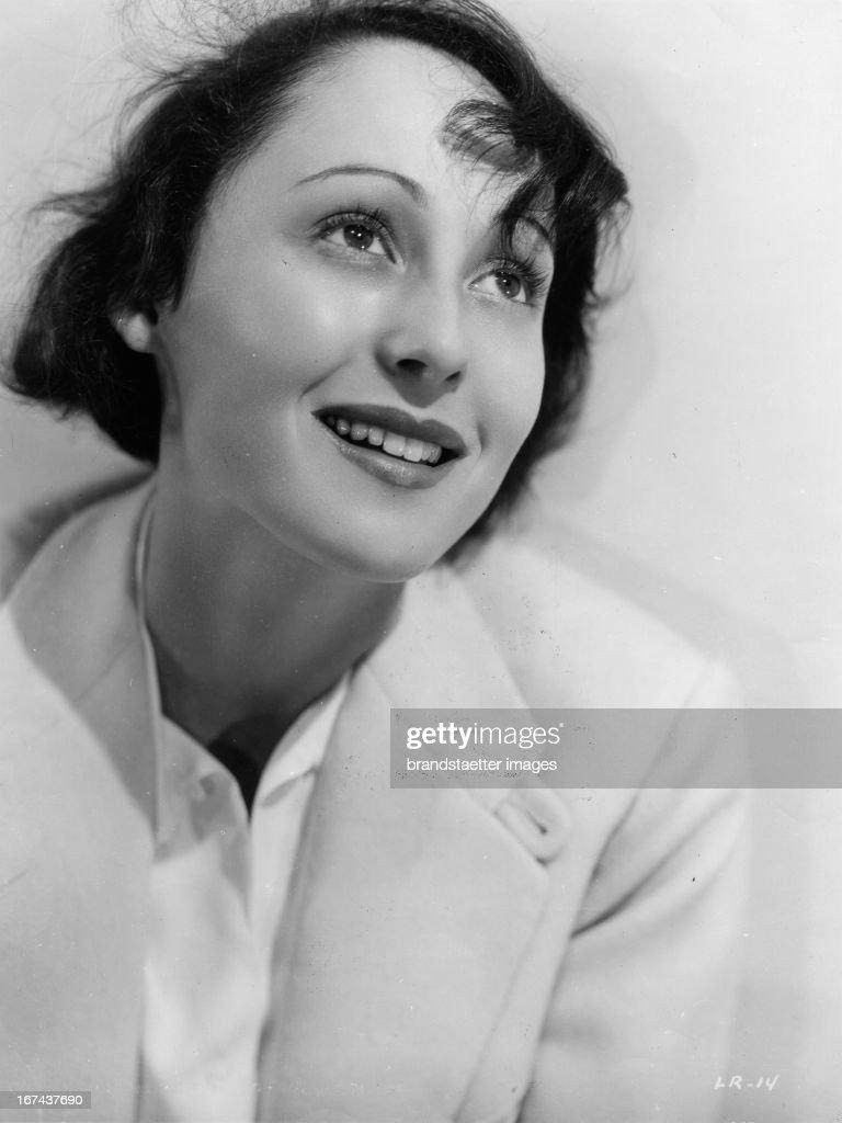 German actress Luise (Louise) Rainer (2-time Academy Award winner for best leading role). About 1930. Photograph. (Photo by Imagno/Getty Images) Die deutsche Schauspielerin Luise (Louise) Rainer (2-fache Academy Award Gewinnerin für die beste Hauptrolle). Um 1930. Photographie.