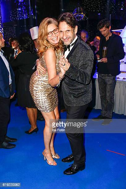 German actress Maren Gilzer and german actor FalkWilly Wild during the Goldene Henne after show party on October 28 2016 in Leipzig Germany