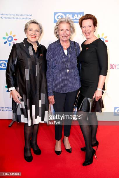 German actress Marie-Luise Marjan, publisher Angelika Jahr-Stilcken and German actress Marion Kracht attend the Ulrich Wickert Award for Childen's...