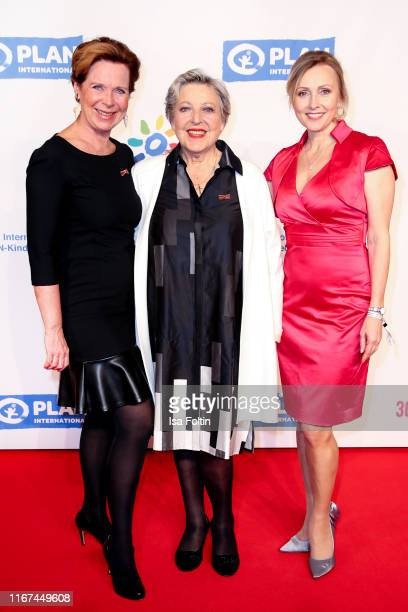German actress Marion Kracht, German actress Marie-Luise Marjan and German actress Dana Golombek attend the Ulrich Wickert Award for Childen's Rights...