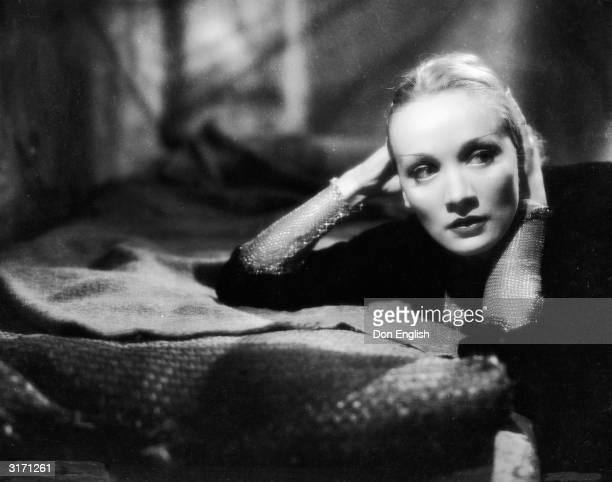 German actress Marlene Dietrich as Shanghai Lily in the film 'Shanghai Express', directed by Josef von Sternberg.
