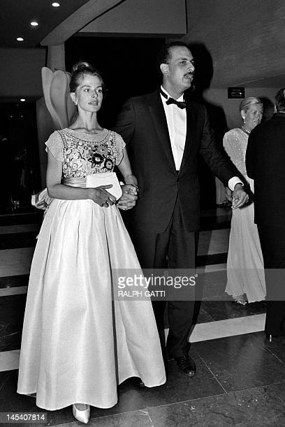 German actress Nastassja Kinski and her Egyptian producer husband Ibrahim Moussa arrive at the Red Cross gala in Monaco on August 10 1984 AFP PHOTO...