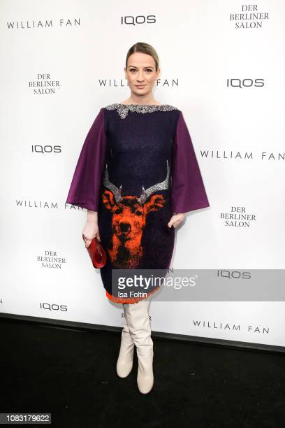 German actress Nina Gummich arrives at the William Fan Defile during 'Der Berliner Salon' Autumn/Winter 2019 at Knutschfleck on January 15 2019 in...