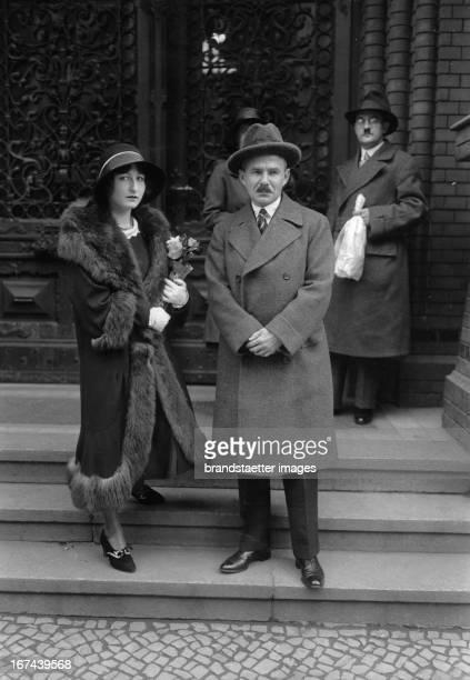 German actress Pamela Wedekind and the German writer Carl Sternheim after the ceremony in the registry office Brandenburgerstraße / Berlin 1930...