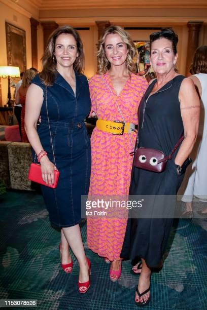 German actress Rebecca Immanuel German presenter Bettina Cramer and German actress Katy Karrenbauer during the TwoTell Ladiesdinner 2019 at Hotel De...