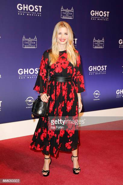German actress Susan Sideropoulos during the premiere of 'Ghost Das Musical' at Stage Theater on December 7 2017 in Berlin Germany
