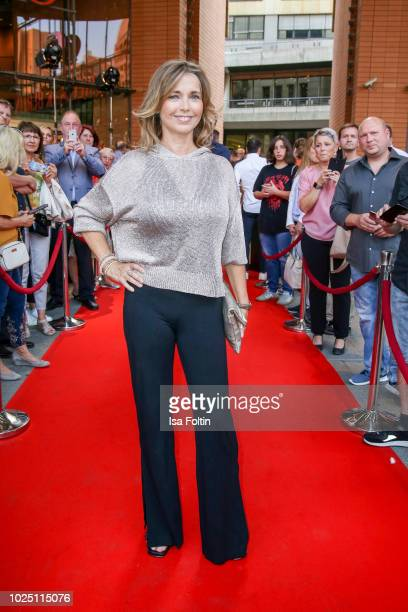 German actress Tina Ruland during the musical premiere of 'BEAT IT Die Show ueber den King of Pop' at Stage Theater am Potsdamer Platz on August 29...