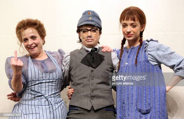 German actresses Anna Thalbach Katharina Thalbach and Nellie Thalbach pose for the camera after the rehearsal of the piece 'Roter Hahn im Biberpelz'...
