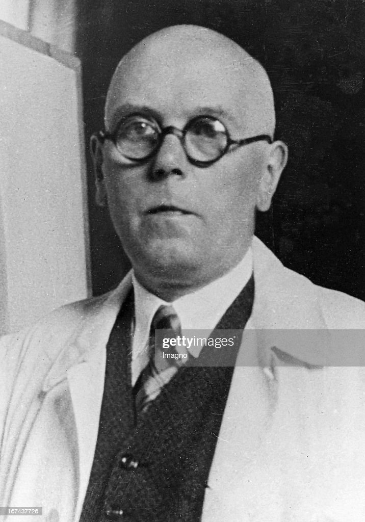 German architect Paul Ludwig Troost (18781934). About 1930. Photograph. (Photo by Imagno/Getty Images) Der deutsche Architekt Paul Ludwig Troost (18781934). Um 1930. Photographie.