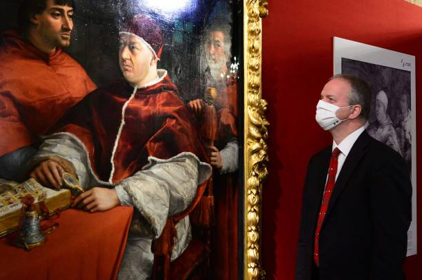 "ITA: Raffaello Masterpiece ""Portrait Of Pope Leone X"" Returns To Pitti Palace"